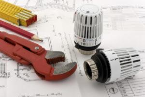 Werkzeug und Heizungsregler