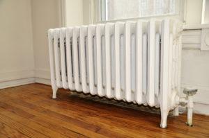 heizung gluckert und pfeift was ist zu tun. Black Bedroom Furniture Sets. Home Design Ideas