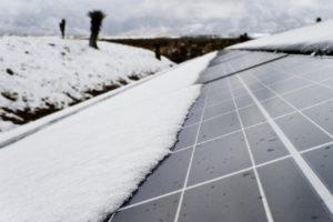 solarzellen und schnee